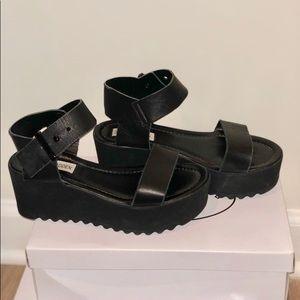 Woman platform Sandals